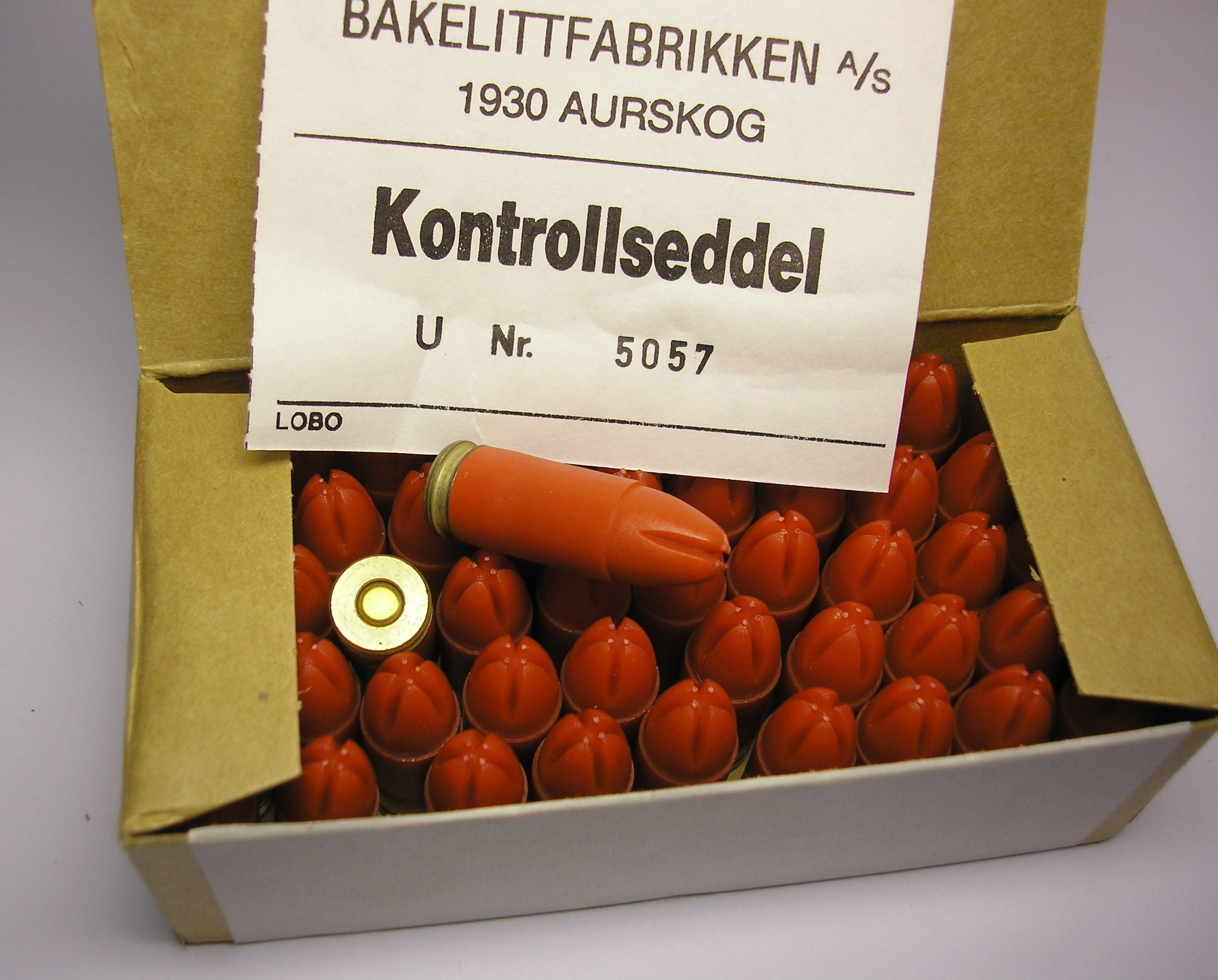 ./ammo/9mm/esker/Eske-9mm-Lospatron-50skudd-NM12-06-BF-90-4.JPG